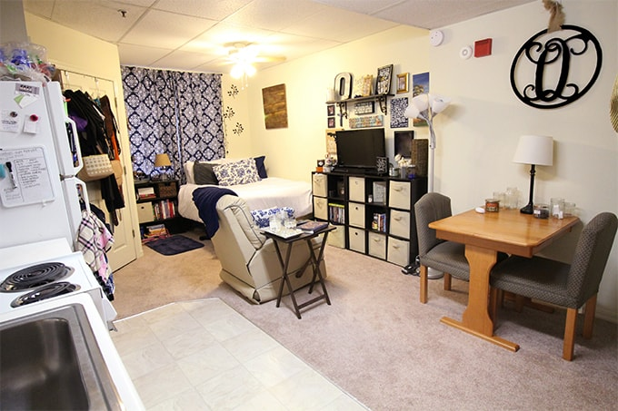 Midsize Studio - Main Area