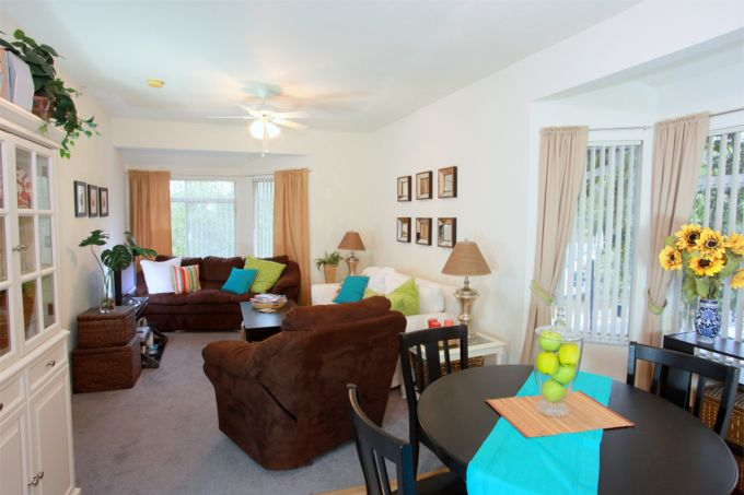 Looking Glass Apartments The Ideal Apartments Near Uf And